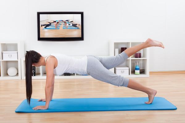 Фитнес в домашний условиях видео